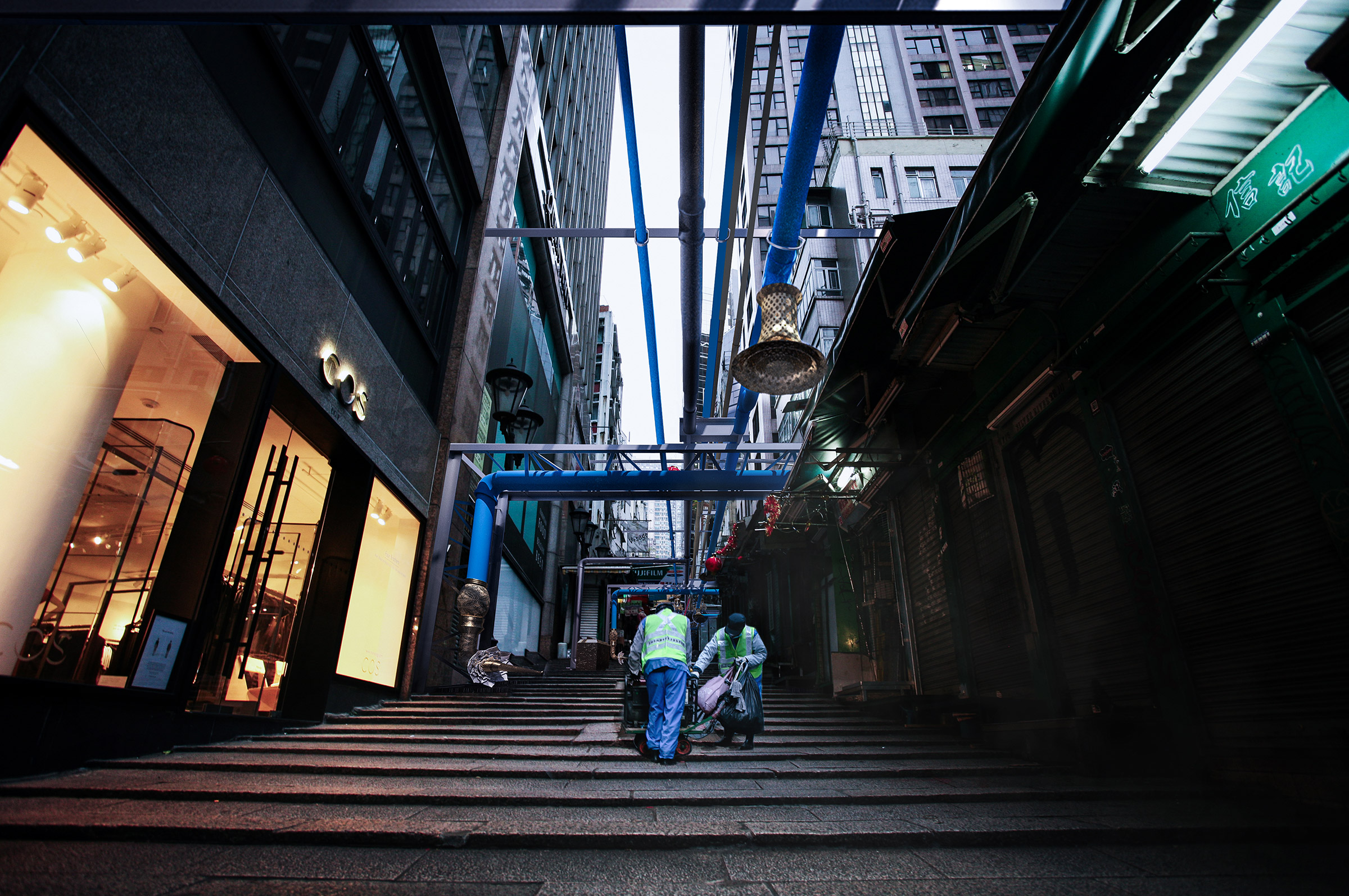 verasustudio_Fountain of the liquid stone_New Hindu Urban scared space_Pottinger Street, Hongkong_architecture