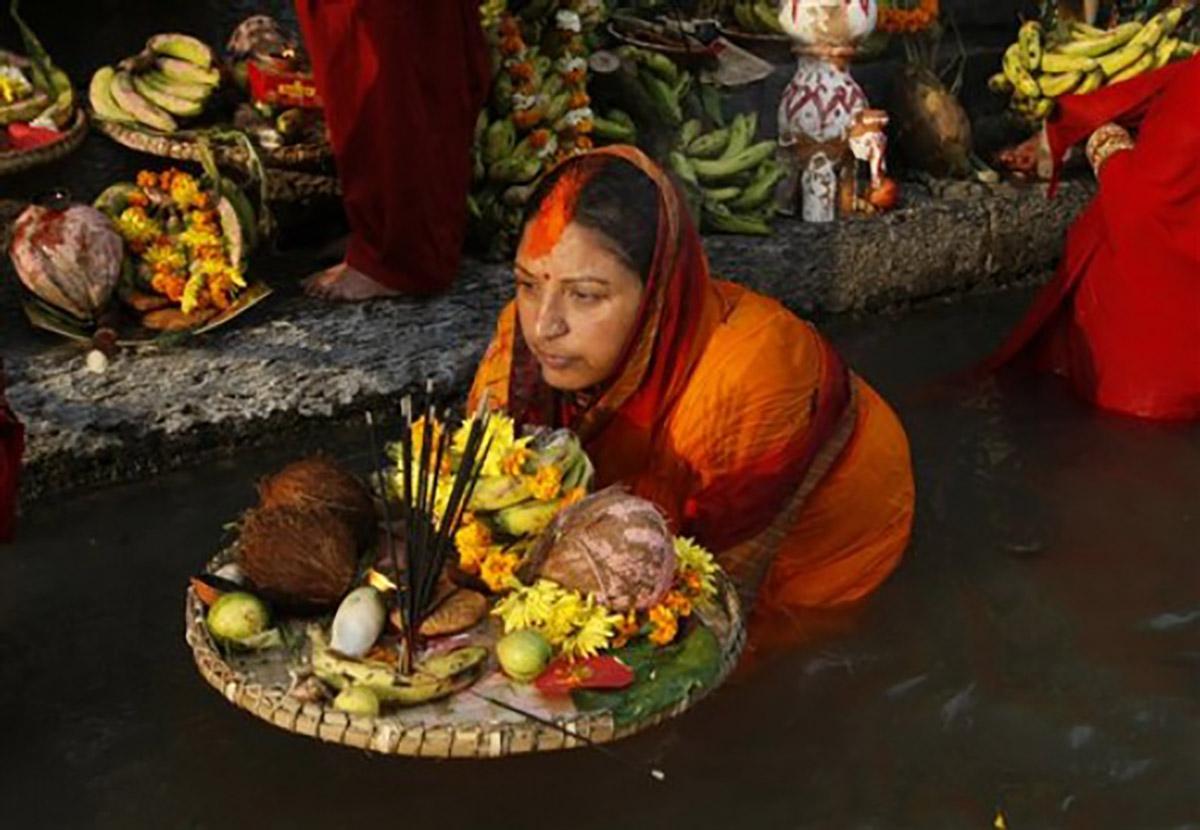 verasustudio_Fountain of the liquid stone_Hinduism