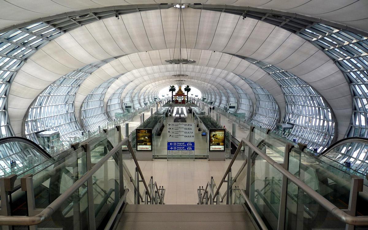"verasustudio art4d 270 ""I'm going to see a building"" ไปดูตึก suvarnabhumi airport"